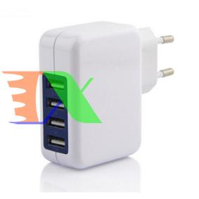 Picture of Ổ cắm sạc đa năng, sạc cổng cắm USB 4 cổng